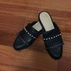 🌸Size 7 1/2 shoes. Brand: a.n.d.e.a. a.y